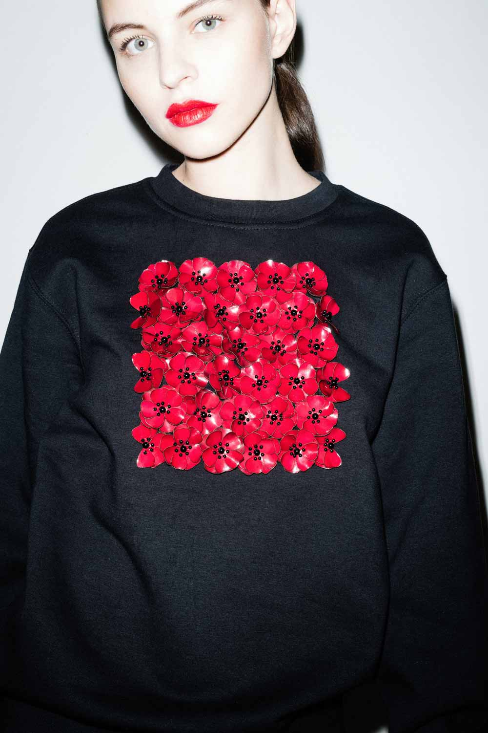 fflag-sweatshirt-poppies-ornement-fleurs-sequins-grenat4