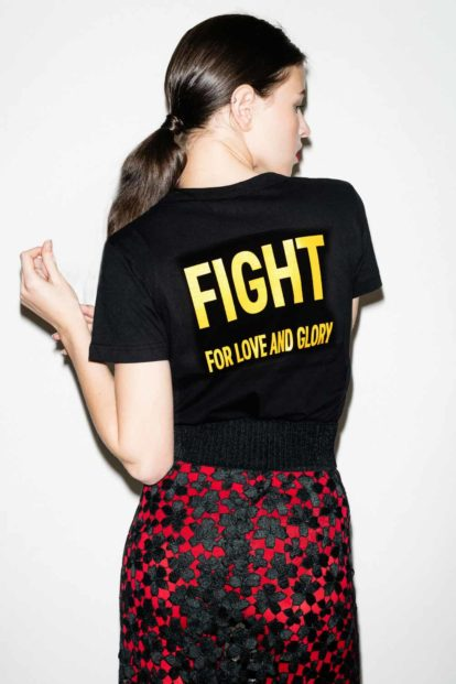 FFLAG Paris – Fight for love and glory – T-shirt femme emblème jaune – dos