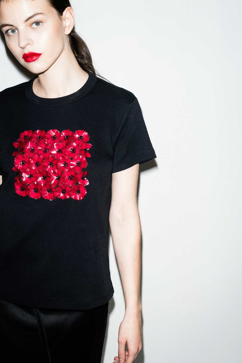 fflag-tee-shirt-poppies-ornement-fleurs-sequins-grenat3