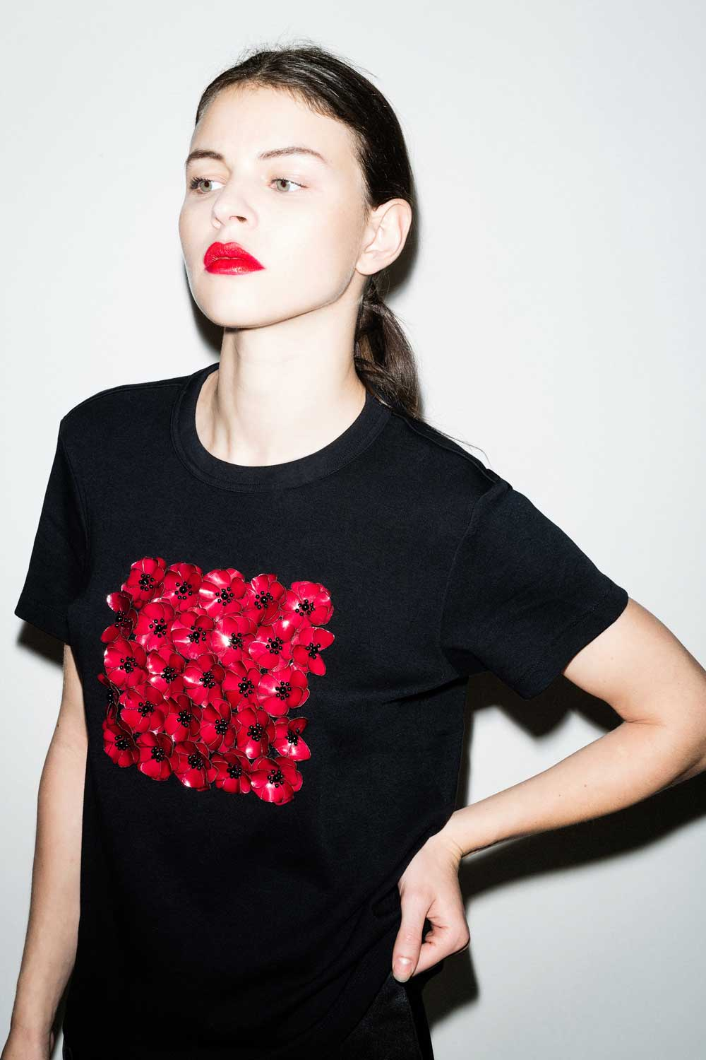 fflag-tee-shirt-poppies-ornement-fleurs-sequins-grenat5