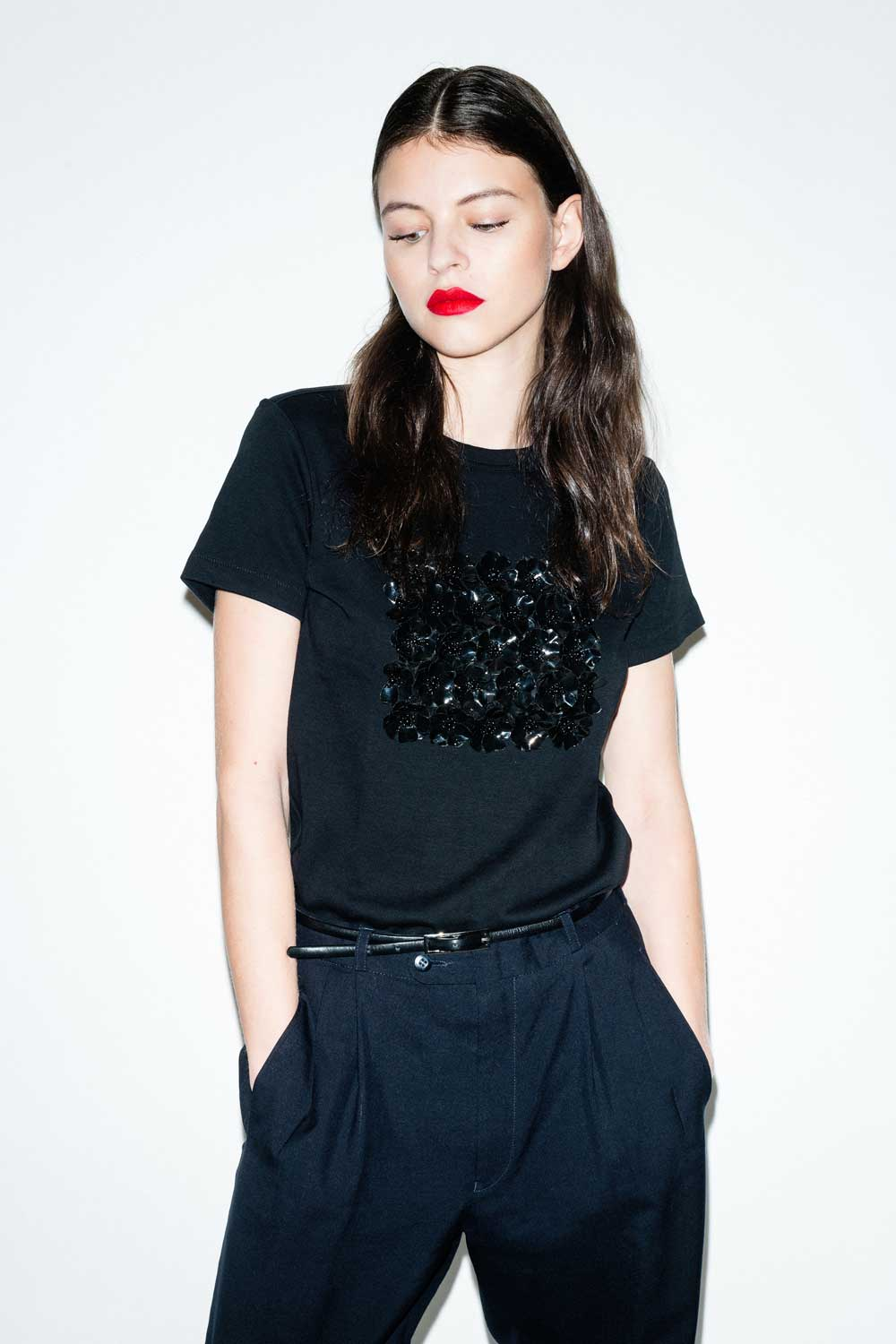 fflag-tee-shirt-poppies-ornement-fleurs-sequins-noir1