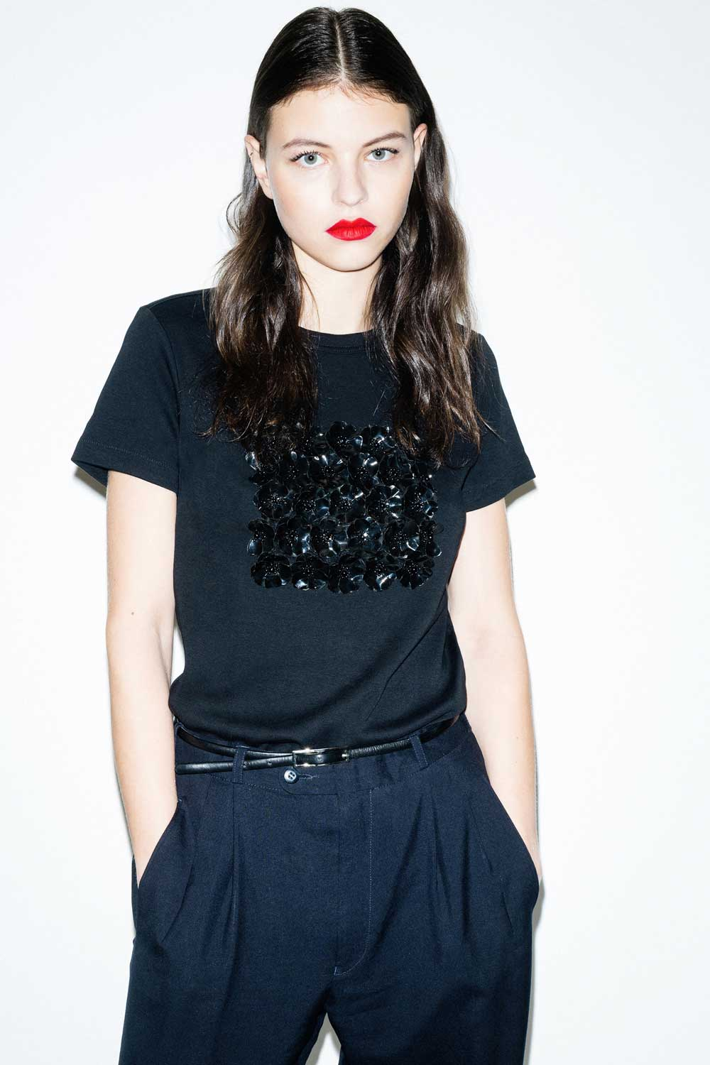 fflag-tee-shirt-poppies-ornement-fleurs-sequins-noir4