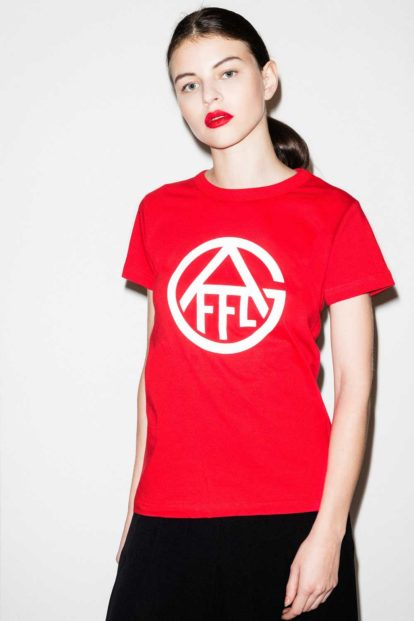 FFLAG Paris – Fight for love and glory – T-shirt rouge femme emblème blanc – face