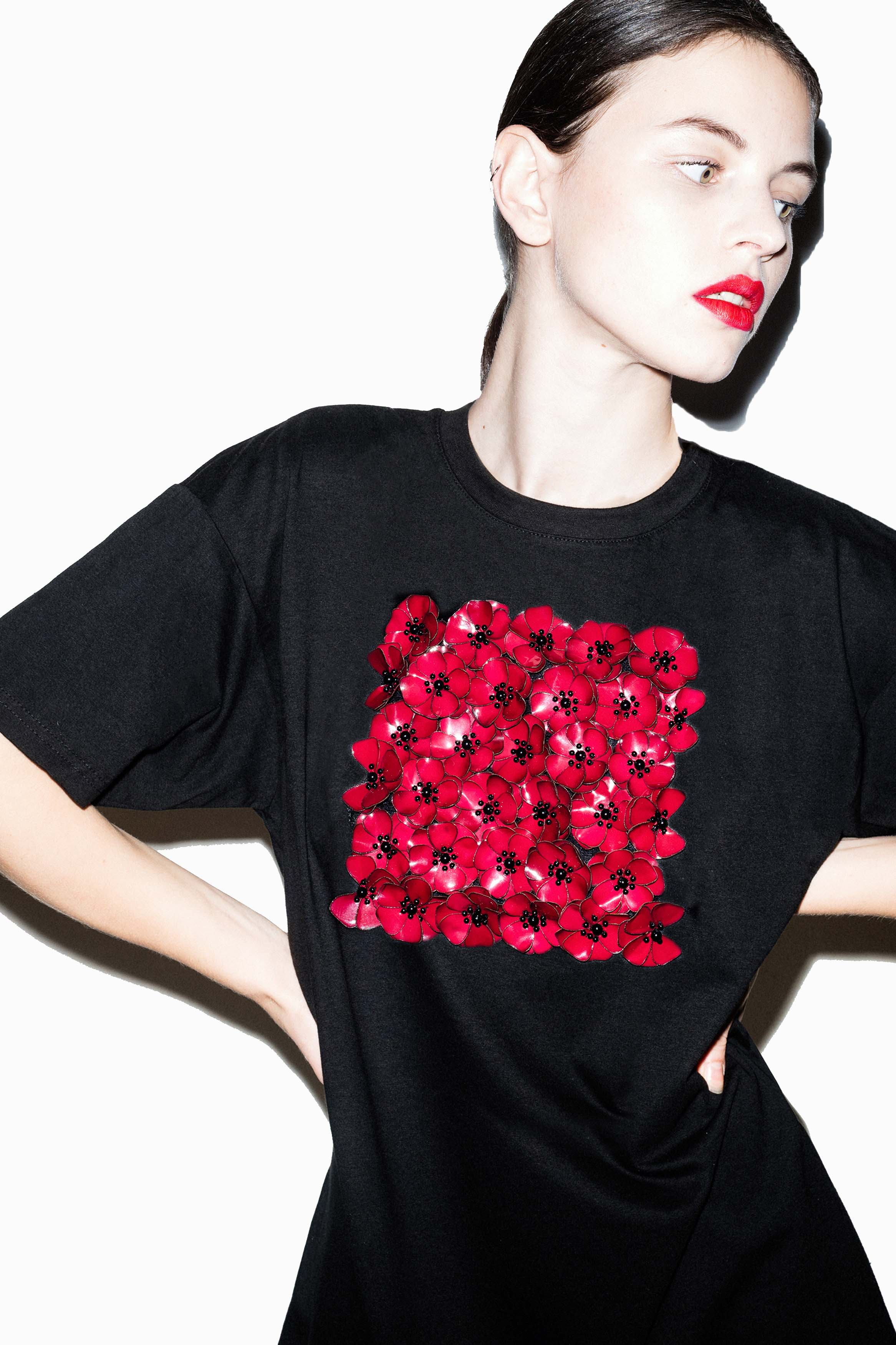 fflag-tee-shirt-long-poppies-ornement-fleurs-sequins-grenat3